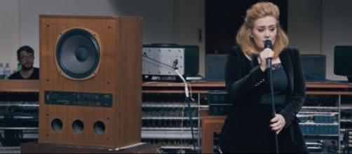 Adele - YouTube Screenshot/https://www.youtube.com/watch?v=DDWKuo3gXMQ