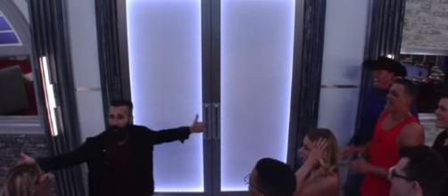 'Big Brother 19' spoilers: Houseguest self-evicts, shocking 'BB19' fans - youtube screen capture / Big Brother
