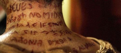 Trecho do filme 'Evocando Espíritos' (Foto: Reprodução)