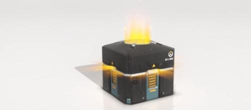 """Overwatch"" loot box - YouTube/AlexACE"