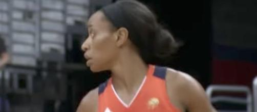 The Connecticut Sun hosted the Seattle Storm in a game shown on ESPN2 Thursday night. [Image via WNBA/YouTube]