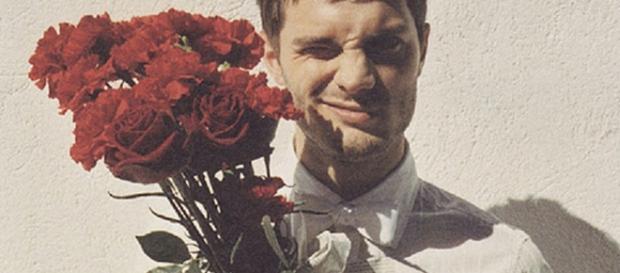 Ele está ou não apaixonado? Confira (Foto: Reprodução)