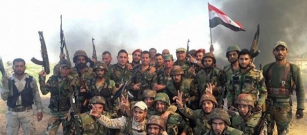 Le truppe regolari siriane hanno messo in fuga le ultime sacche di resistenza dell'Isis dalla regione di Aleppo
