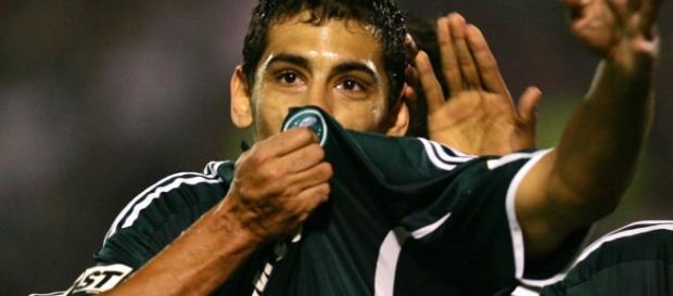 O meia já defendeu o Palmeiras. ( Foto:Reprodução)