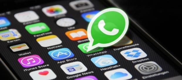 Whatsapp nuovo aggiornamento emoji