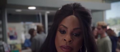 Claws: Series Premiere June 11 / screencap via TNT YouTube