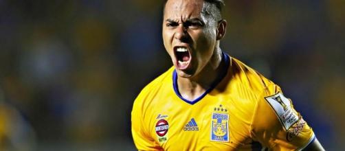 Eduardo Vargas podría seguir en la Liga MX