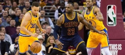 Golden State hosts Cleveland for Game 2 of the NBA Finals on Sunday night. [Image via Blasting News image library/inquisitr.com]