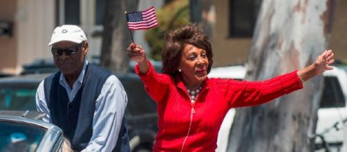 Maxine Waters / Photo by mark6mauno CCx2.0 via flickr