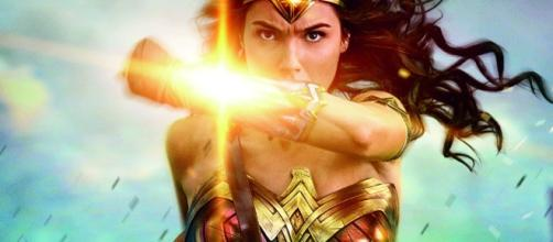 Patty Jenkins & Gal Gadot Are Signed On For Wonder Woman 2 ... - cosmicbooknews.com