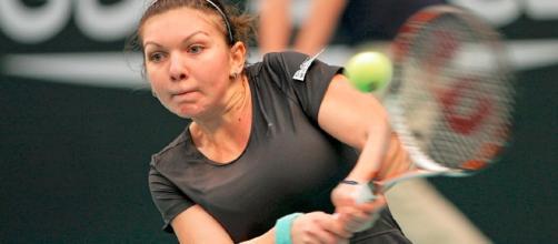 Simona Halep (ROU) / Photo by Romain Dauphin-Meunier ccx2.O via Wiki