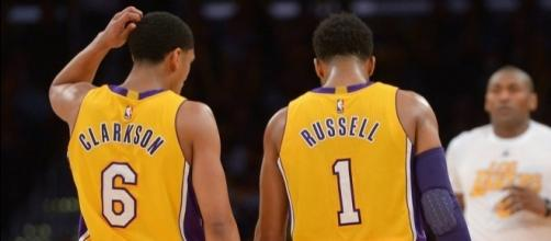 The Lakers may explore offers to deal Clarkson or Russell from their roster. [Image via Blasting News image library/lakeshowlife.com]