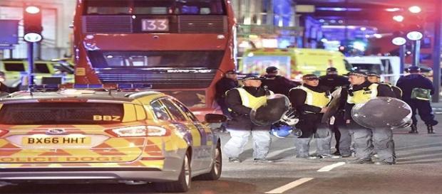 Incident at London Bridge (express.co.uk)