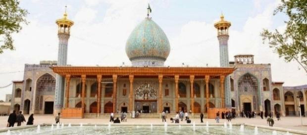 Por fora uma mesquita comum, mas por dentro, um verdadeiro tesouro escondido