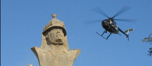Blackwater MD-530F over Republican Palace, Baghdad / Photo by CC x 2.O jamesdale10 - Flickr via wiki