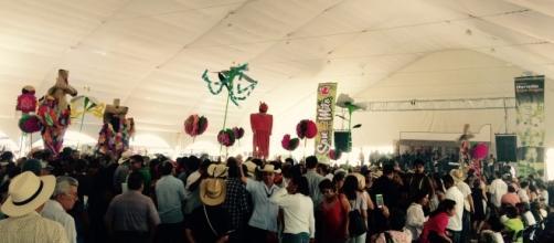 El Carnaval de Milo, un sitio en el que todos tienen un lugar sin importar que saben hacer o quienes son.