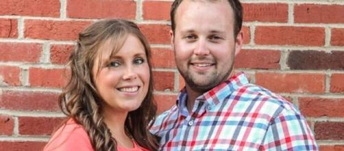Josh Duggar and Anna Duggar celebrate son's birthday. -Entertainment Tonight/YouTube