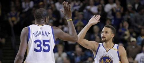Warriors' Kevin Durant, Stephen Curry named All-Star starters - SFGate - sfgate.com