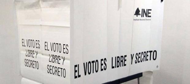 Hay insatisfacción, pero no con la democracia | Foreign Affairs ... - revistafal.com