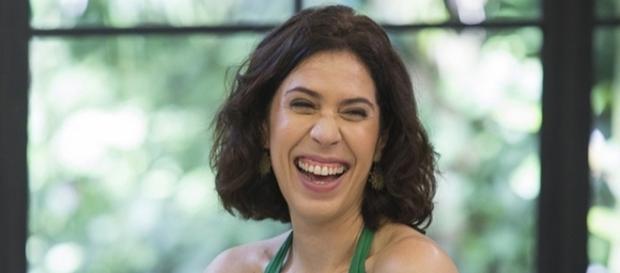 Maria Clara Gueiros passa por saia justa no café do programa 'Mais Você'