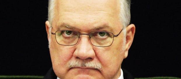 Ministro do STF, Luiz Edson Fachin, se referiu enfaticamente contra os métodos utilizados por aliado do presidente Michel Temer