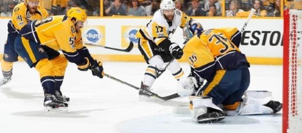 Pekka Rinne fue la estrella del partido con 23 salvadas. NHL.com.