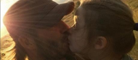 """Kiss for Daddy"" - https://www.instagram.com/davidbeckham/"
