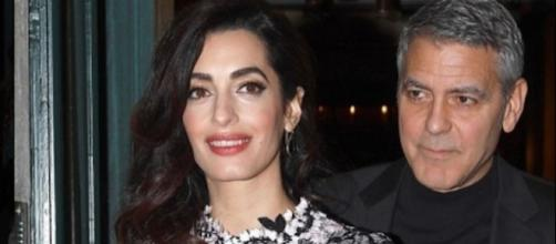 Amal e George Clooney genitori. Foto: Instagram.