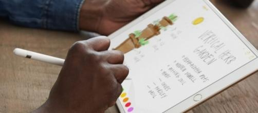Apple unveils 10.5-inch iPad Pro - technobuffalo.com