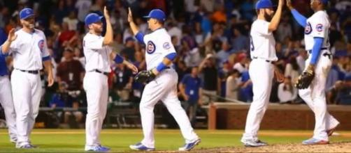 Chicago Cubs - YouTube (VANieters) Screenshot via