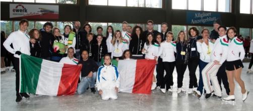 La squadra adulti alla cerimonia di apertura della gara di Oberstdorf 2017