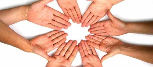 Lavorare nel no-profit si può, una professione che unisce ideali e competenza.