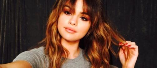 Selena Gomez praises ex-boyfriend Justin Bieber for his performance at the Manchester benefit concert. (Facebook/Selena Gomez)