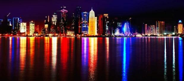 Doha, Qatar. Skyline at night / Photo by Nuroptics, sharealike 3.0 via Wikipedia