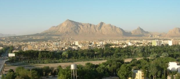 Iran, Kerman, Mountains, Asia / Photo CCO Public Domain by Frank497 via Pixabay