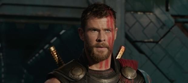 """The Asgardian god is sporting a new hairstyle in """"Thor: Ragnarok."""" (Marvel)"""