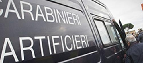 Due buste esplosive intercettate al Tribunale di Torino.