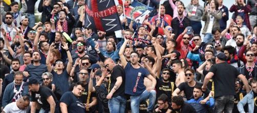 I tifosi del Crotone, formazione di Serie A