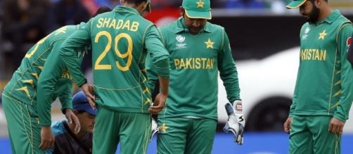 ICC Champions Trophy: After 'surrender' to India, Pakistan must ... - hindustantimes.com