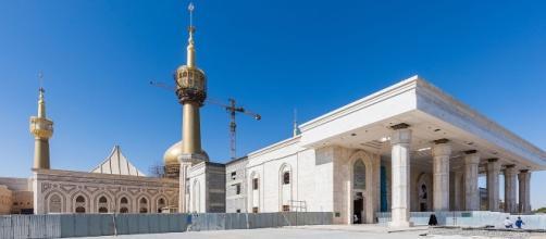 Mausoleum of Ruhollah Khomeini - Wikipedia - wikipedia.org Il Mausoleo di Khomeini, luogo colpito dagli attentatori