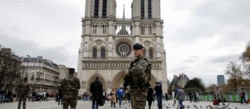 Notre-Dame: L'assaillant est «un soldat du Califat»