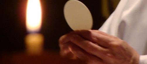 Por qué el Viernes Santo es el único día que no celebran Misas ... - perucatolico.com