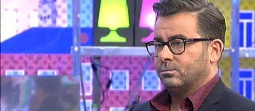 #Sálvame: Jorge Javier Vázquez muy enfadado con #Kiko Matamoros por sus críticas a #superivientes