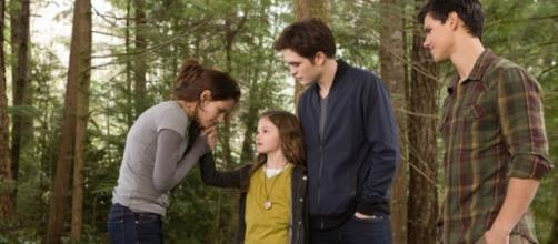 Twilight: Breaking Dawn — Part 2' Fans Camp Out for Premiere ... - hollywoodreporter.com