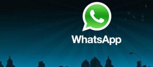 WhatsApp introduce filtri ed album alle sue foto