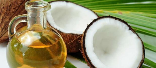 Best Home Remedies Using Coconut Oil - stylecraze.com