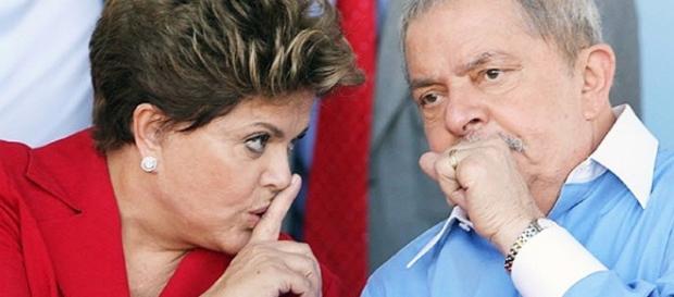 Ex-presidentes Dilma e Lula juntos