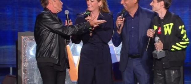 Fabio Rovazzi e Gianni Morandi censurati dalla Rete per un playback
