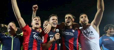 I calciatori del Crotone, squadra di Serie A