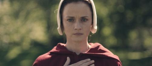 Handmaid's Tale': Shocking Death, Rape, Mutilation Explained ... - hollywoodreporter.com